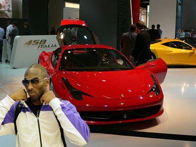 Kobe Bryan, no solo amaba los deportes, ya que también amaba a las Ferraris